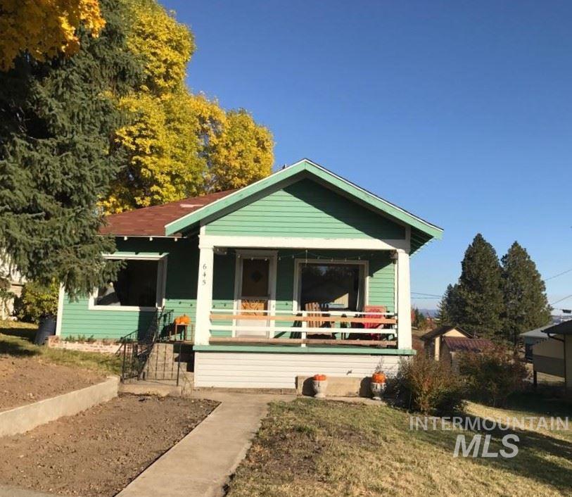 Single Family Home for Sale at 645 Maple Street 645 Maple Street Potlatch, Idaho 83855