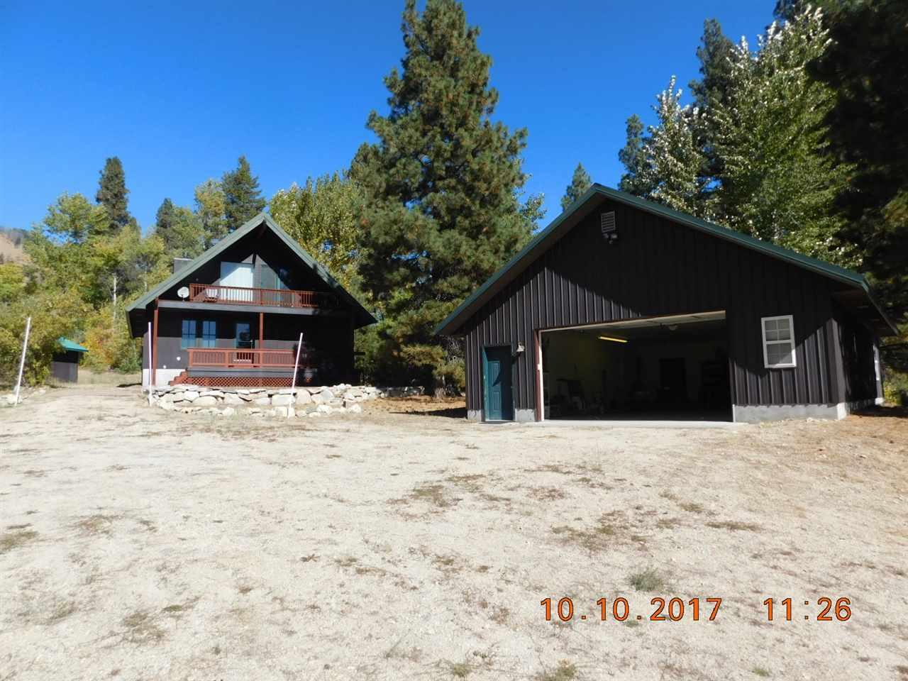 独户住宅 为 销售 在 565 N Alpine Circle 565 N Alpine Circle Pine, 爱达荷州 83647