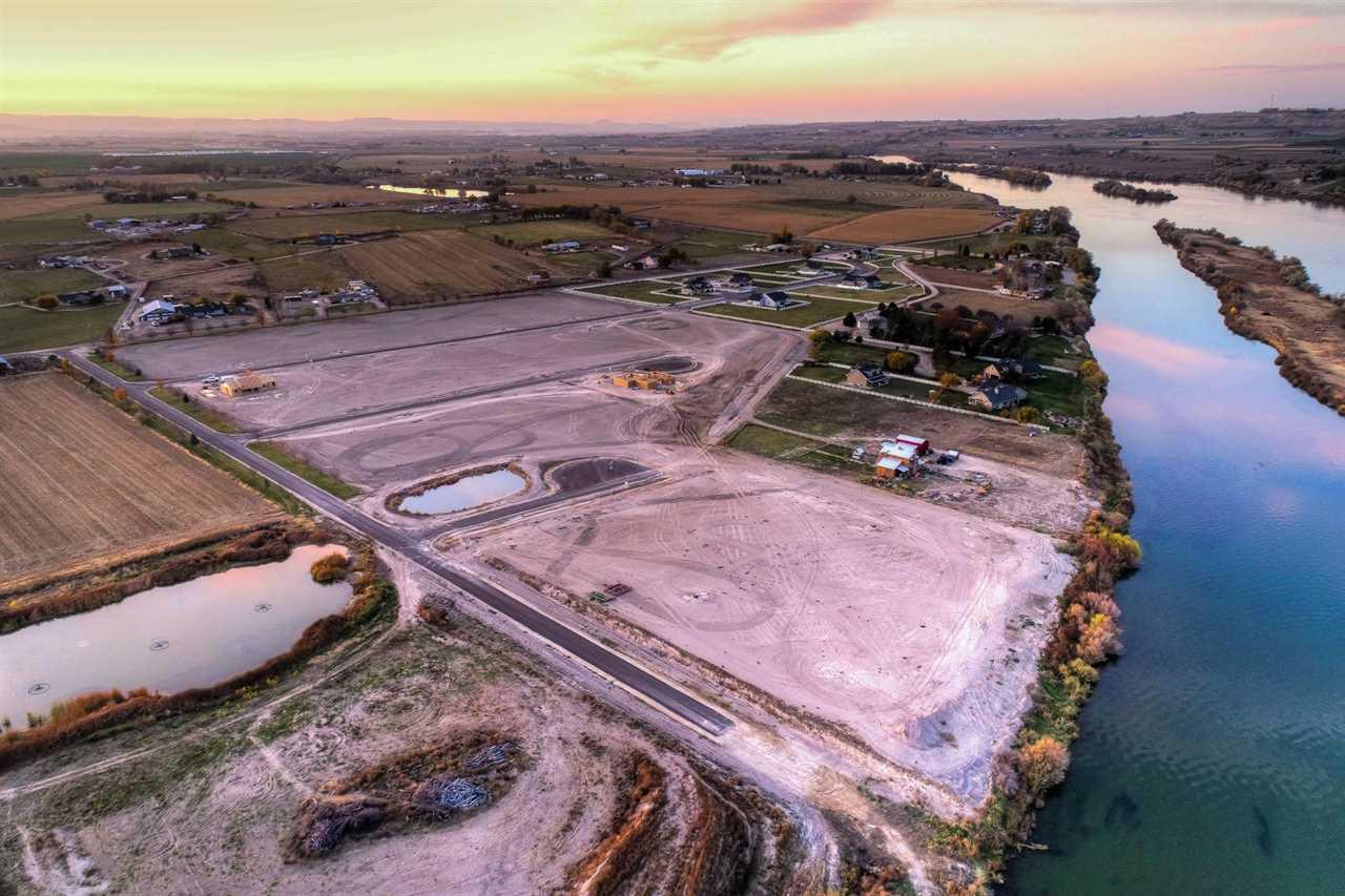 土地,用地 为 销售 在 5964 Lexi Lane 5964 Lexi Lane Marsing, 爱达荷州 83639