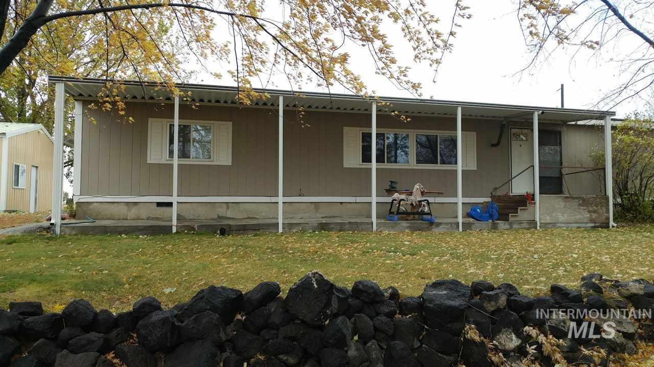 Single Family Home for Sale at 379 N 100 East 379 N 100 East Jerome, Idaho 83338