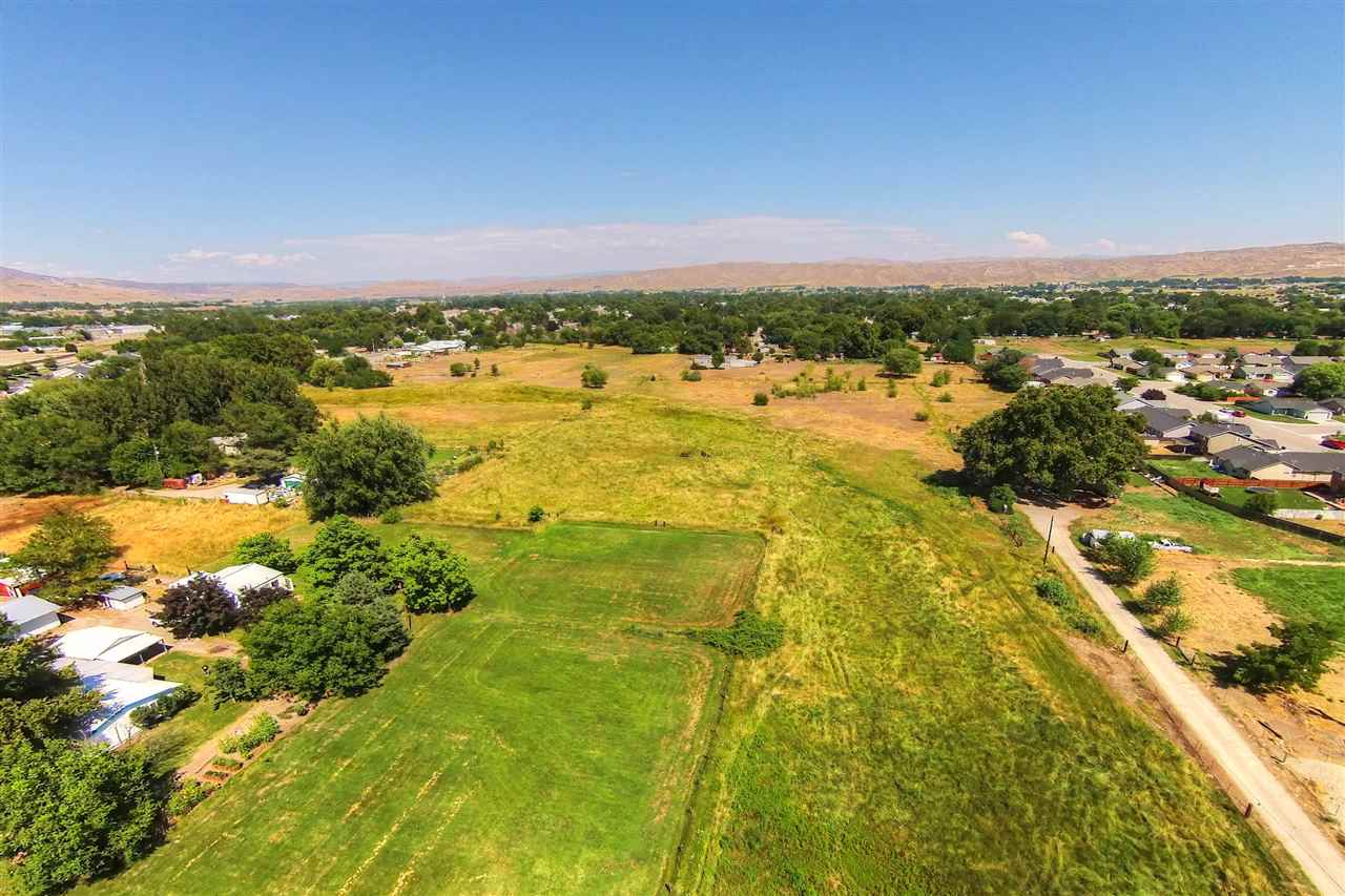 TBD Blackfoot Avenue,Emmett,Idaho 83617,Land,TBD Blackfoot Avenue,98674433