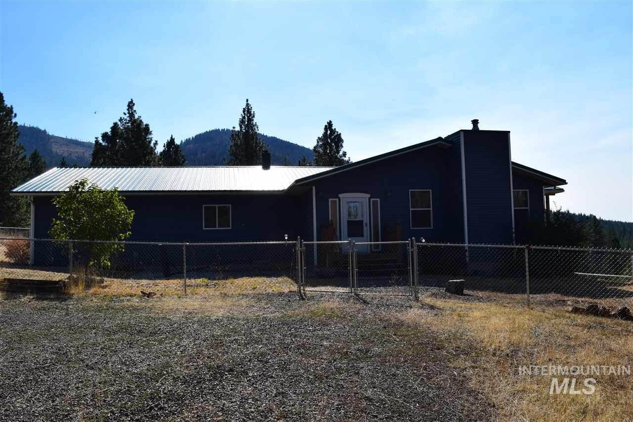 Single Family Home for Sale at 119 Twin Pines Lane 119 Twin Pines Lane Grangeville, Idaho 83530