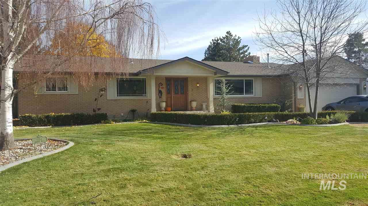 1154 N Juniper Street,Twin Falls,Idaho 83301,5 Bedrooms Bedrooms,3 BathroomsBathrooms,Residential,1154 N Juniper Street,98674885