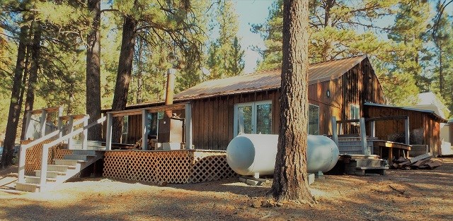 Single Family Home for Sale at 668 N Mill Street 668 N Mill Street Sumpter, Oregon 97877