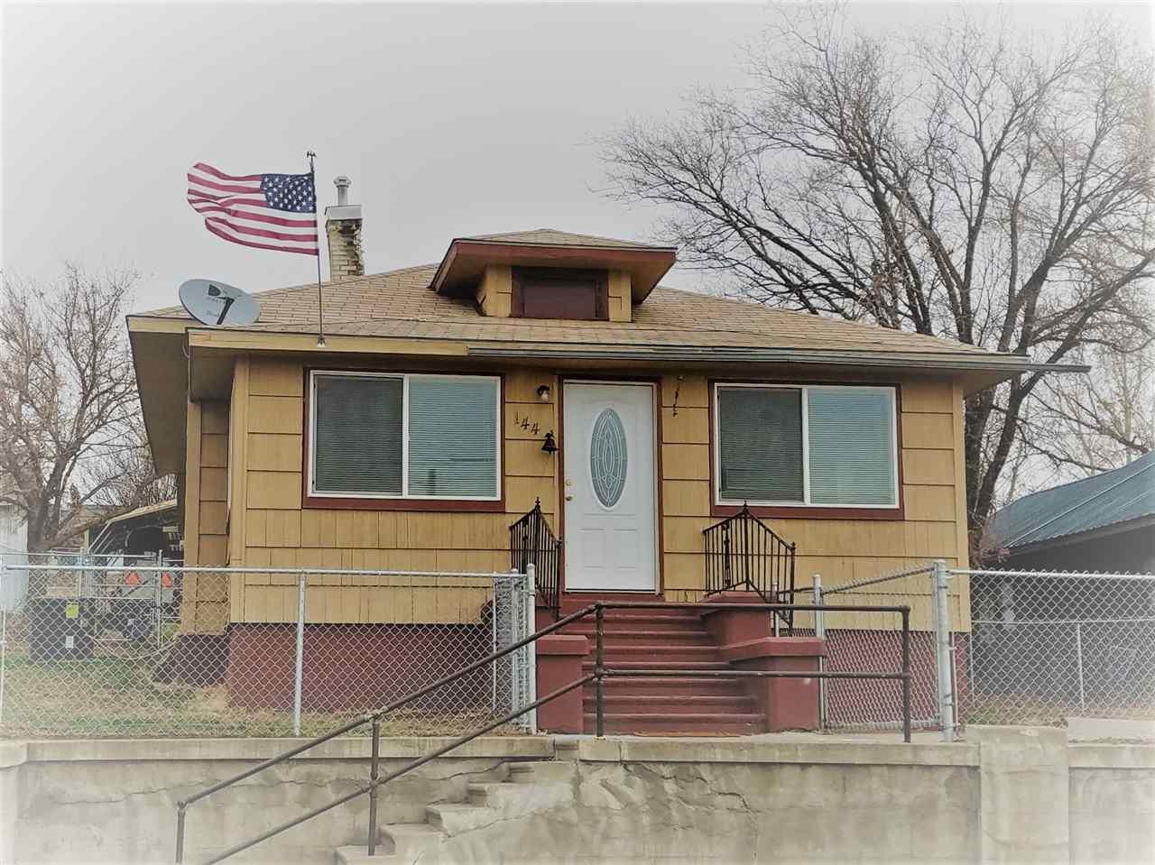 Single Family Home for Sale at 144 E 4th Avenue 144 E 4th Avenue Glenns Ferry, Idaho 83623