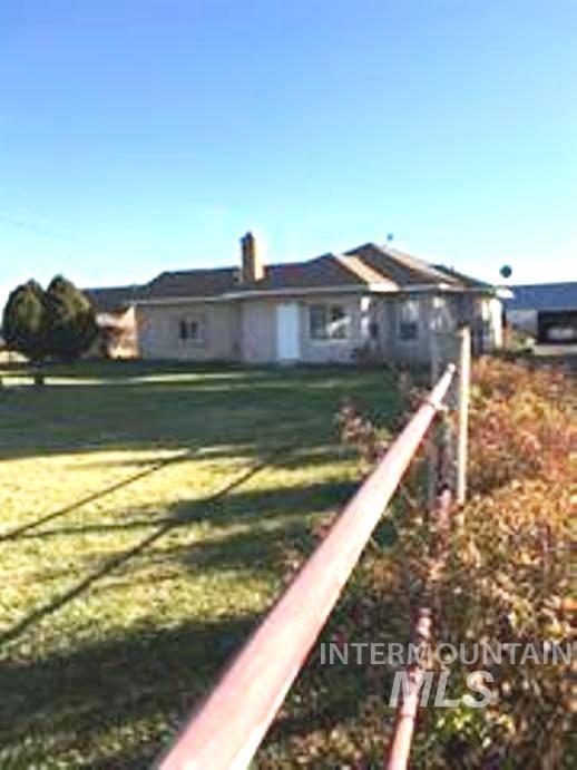 Casa Unifamiliar por un Venta en 2037 E 1500 S 2037 E 1500 S Gooding, Idaho 83330