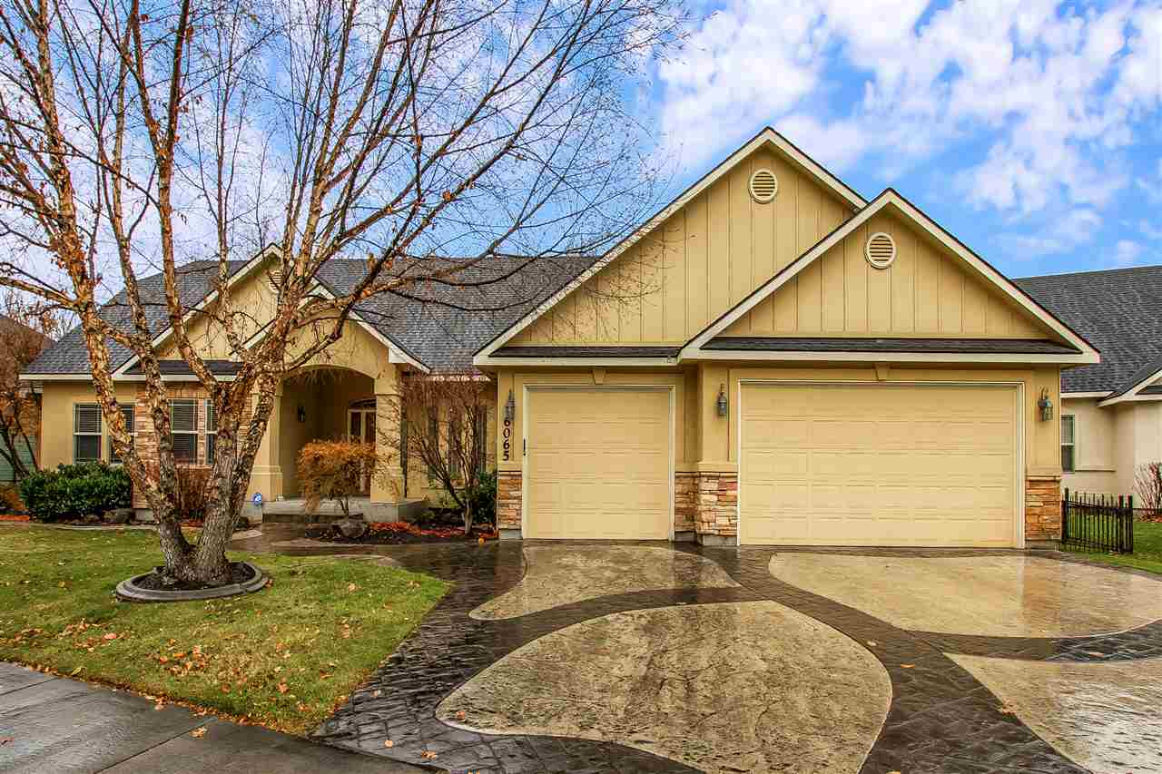 Single Family Home for Sale at 6065 N Harbor Town Place 6065 N Harbor Town Place Garden City, Idaho 83714