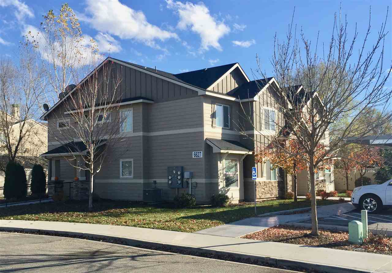 6627 W Irving,Boise,Idaho 83704-8621,2 Bedrooms Bedrooms,2 BathroomsBathrooms,Residential Income,6627 W Irving,98676180