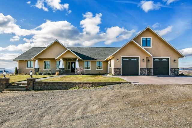 Farm for Sale at 1547 Vale View Drive 1547 Vale View Drive Vale, Oregon 97918