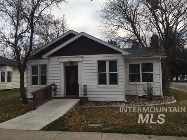 Casa Unifamiliar por un Venta en 421 E Avenue A 421 E Avenue A Wendell, Idaho 83355