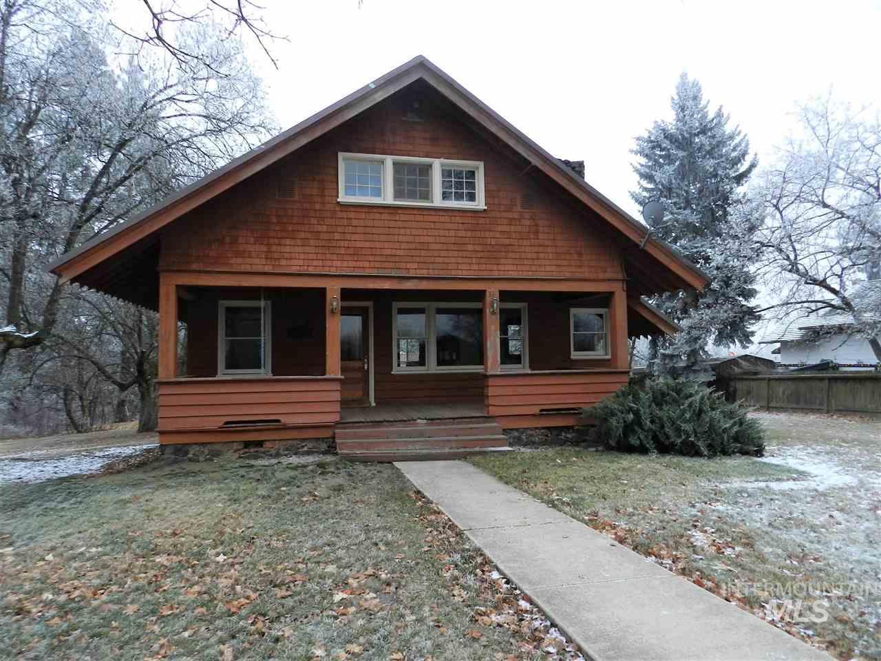 Single Family Home for Sale at 335 Spruce Street 335 Spruce Street Potlatch, Idaho 83855