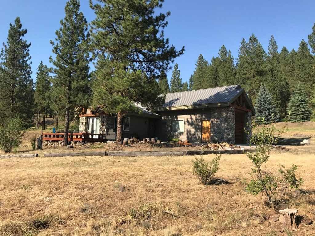Casa Unifamiliar por un Venta en 3281 Big Creek Road 3281 Big Creek Road New Meadows, Idaho 83654