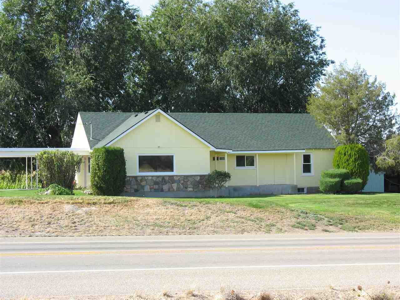 独户住宅 为 销售 在 32925 Hwy 95 32925 Hwy 95 Parma, 爱达荷州 83660