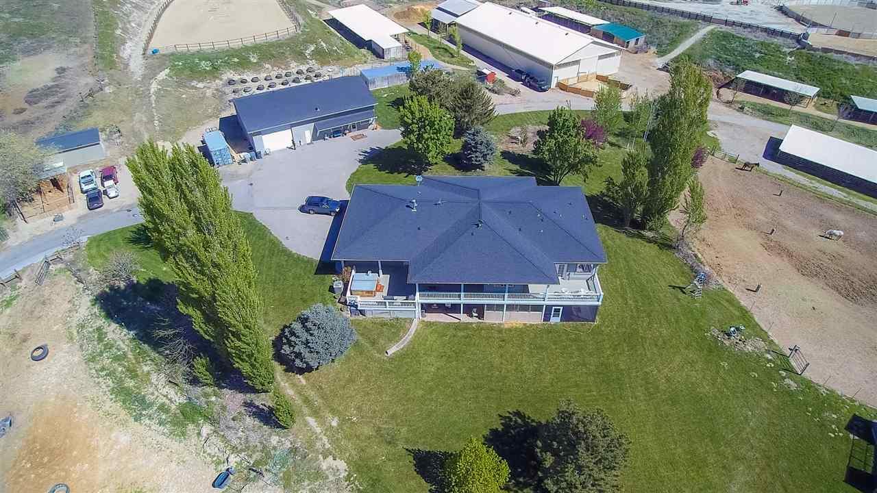Oportunidad de negocio por un Venta en 4801 N Can Ada Road 4801 N Can Ada Road Star, Idaho 83669