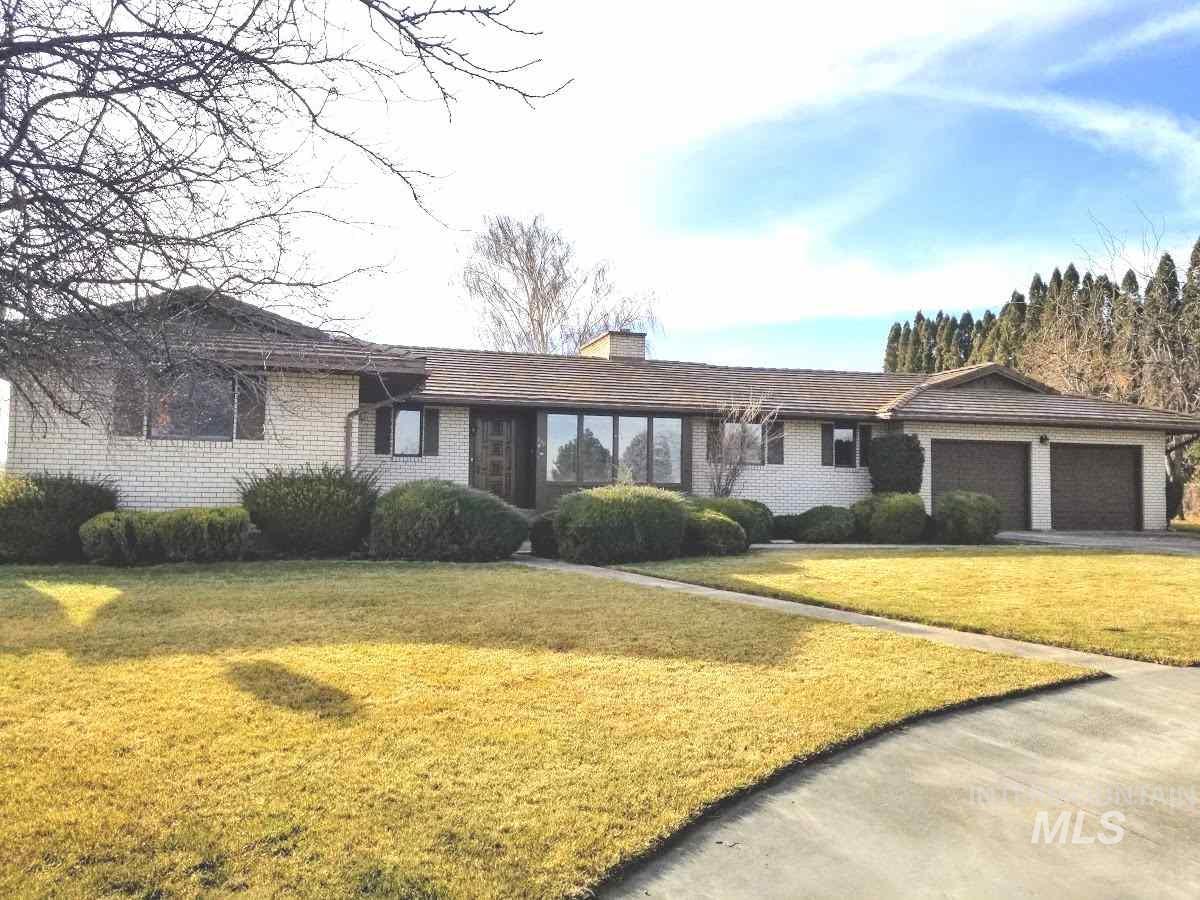 Single Family Home for Sale at 325 Wilson W 325 Wilson W Eden, Idaho 83325