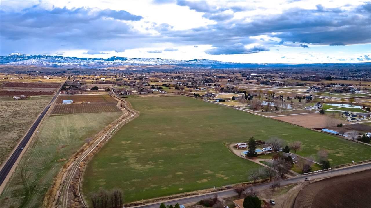 Single Family Home for Sale at 4520 N Linder 4520 N Linder Eagle, Idaho 83616