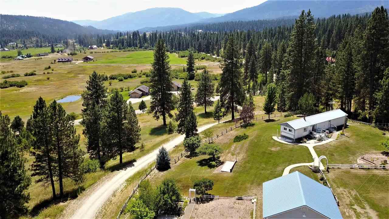 Casa Unifamiliar por un Venta en 20 Casey Lane 20 Casey Lane Garden Valley, Idaho 83622