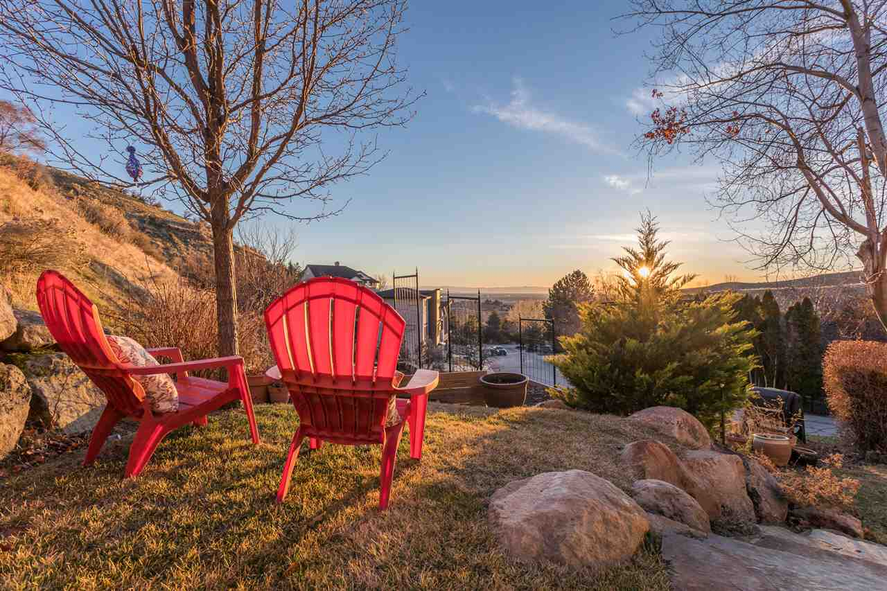 Single Family Home for Sale at 3668 La Fontana, Boise 3668 La Fontana Boise, Idaho 83702
