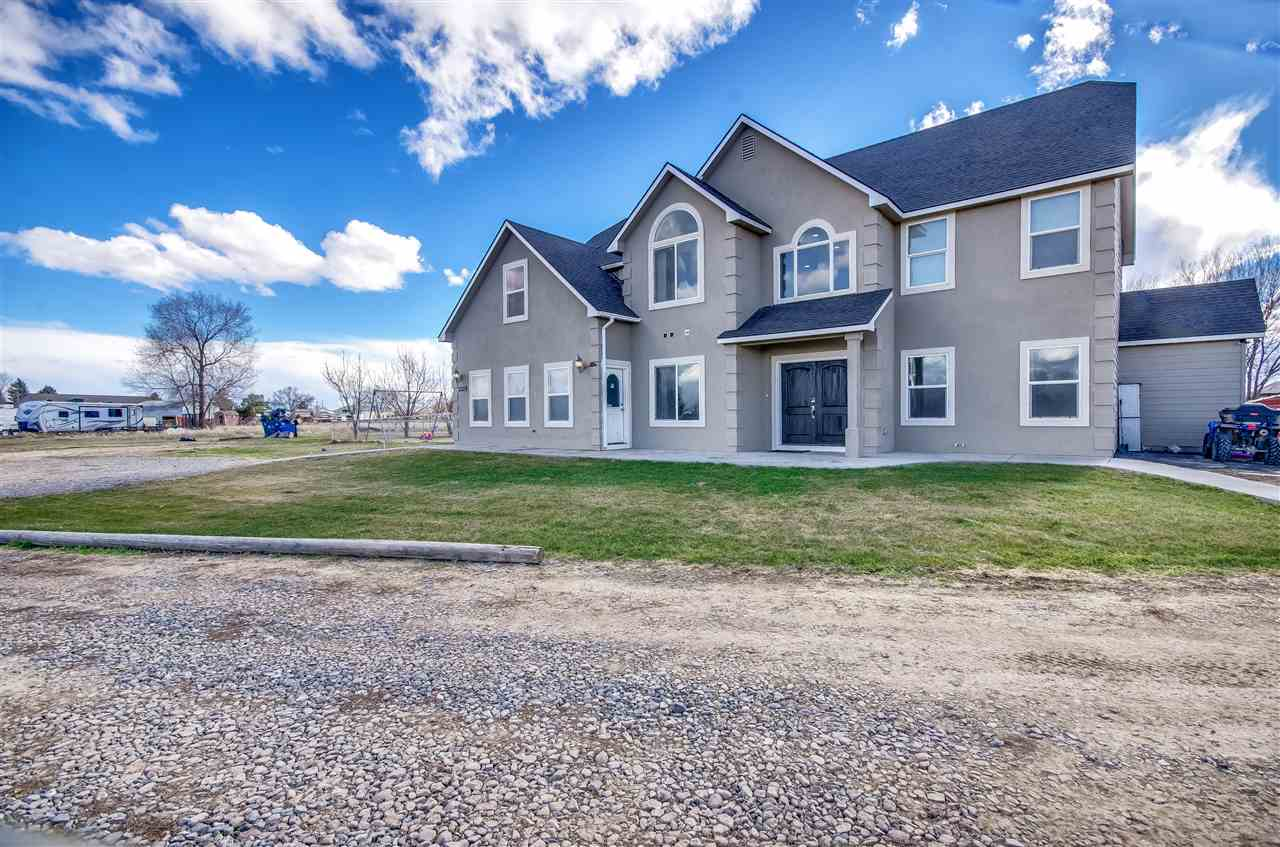 Single Family Home for Sale at 1205 N Black Cat Road 1205 N Black Cat Road Kuna, Idaho 83634