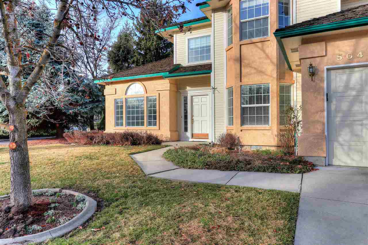 5049 Samson,Boise,Idaho 83704,3 Bedrooms Bedrooms,2.5 BathroomsBathrooms,Residential,5049 Samson,98682082