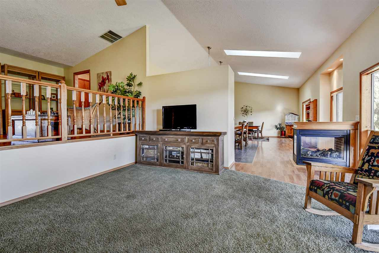 944 N Edgewood,Eagle,Idaho 83616,3 Bedrooms Bedrooms,2.5 BathroomsBathrooms,Residential,944 N Edgewood,98682102