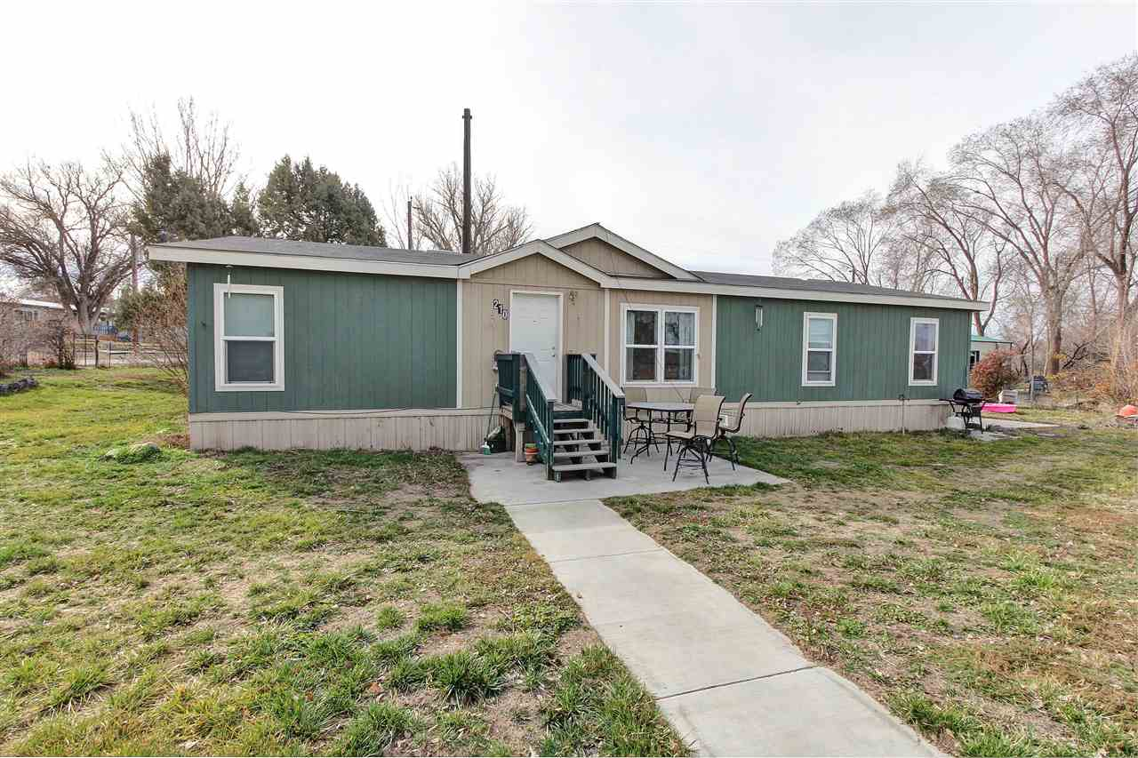 Single Family Home for Sale at 210 E 5th Street 210 E 5th Street Grand View, Idaho 83624
