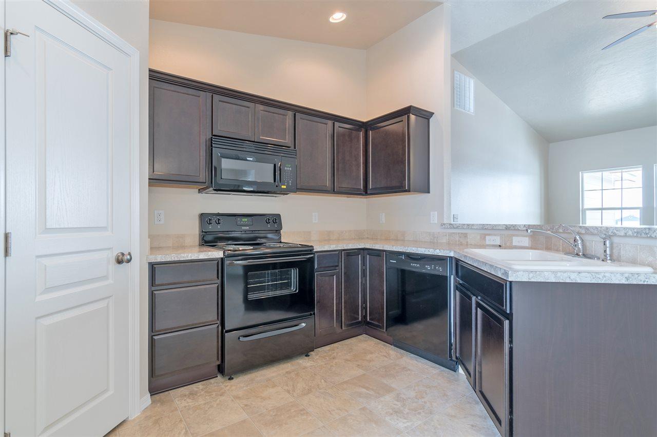 345 S Rocker Ave.,Kuna,Idaho 83634,4 Bedrooms Bedrooms,2 BathroomsBathrooms,Residential,345 S Rocker Ave.,98682228