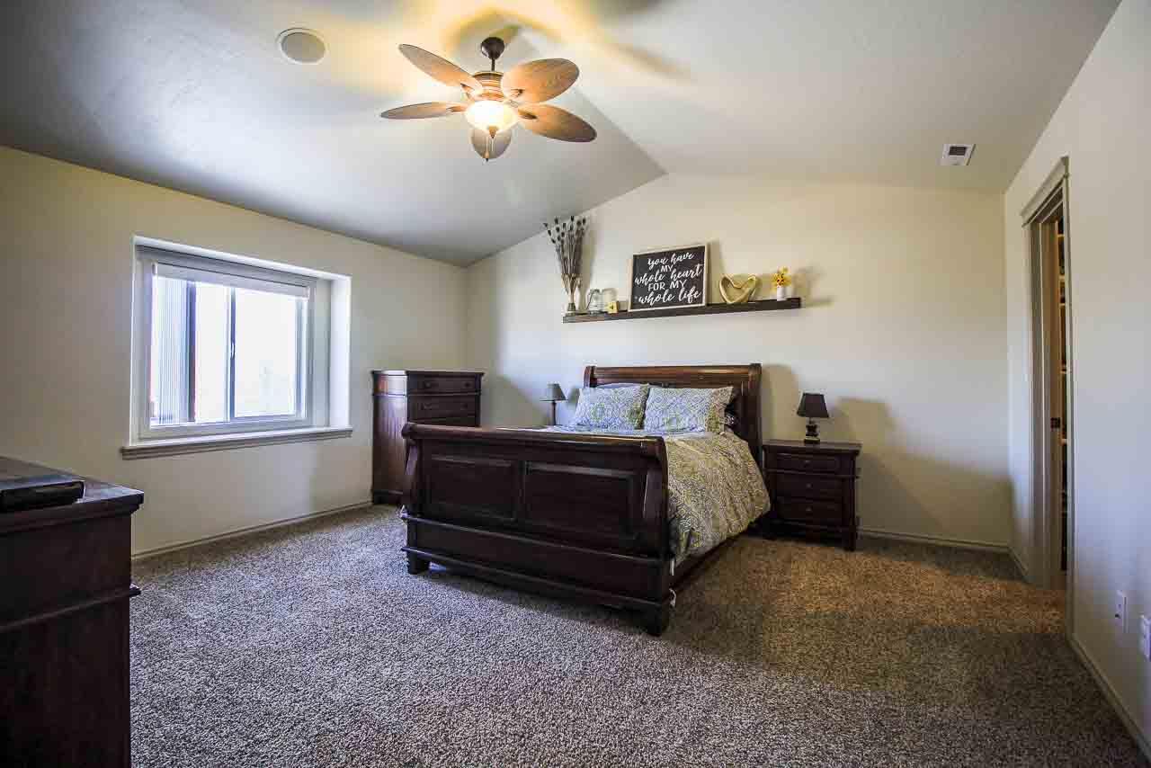 14450 N Vintage Way,Nampa,Idaho 83651,4 Bedrooms Bedrooms,2.5 BathroomsBathrooms,Residential,14450 N Vintage Way,98682271