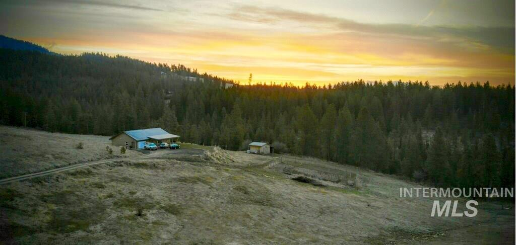 Single Family Home for Sale at 1212 Gold Hill Road 1212 Gold Hill Road Princeton, Idaho 83857
