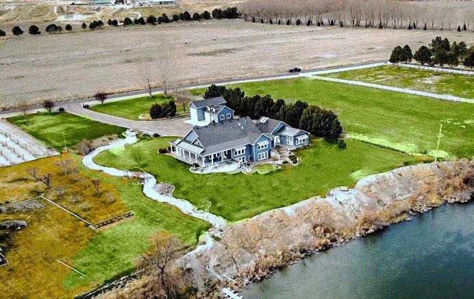 Casa Unifamiliar por un Venta en 7726 River Front 7726 River Front Marsing, Idaho 83639