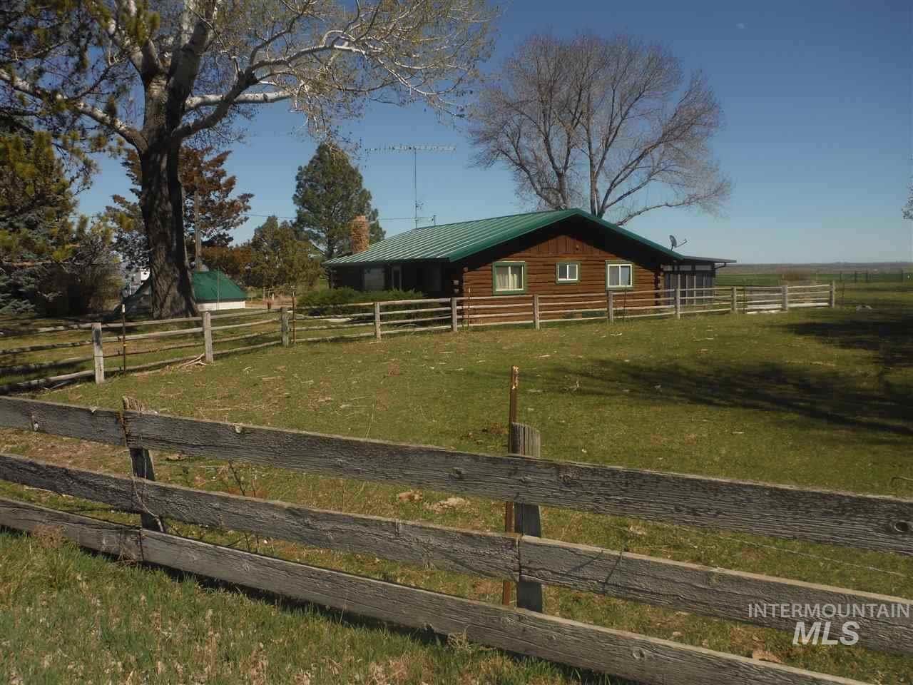 Single Family Home for Sale at 1822 S 750 E 1822 S 750 E Bliss, Idaho 83314