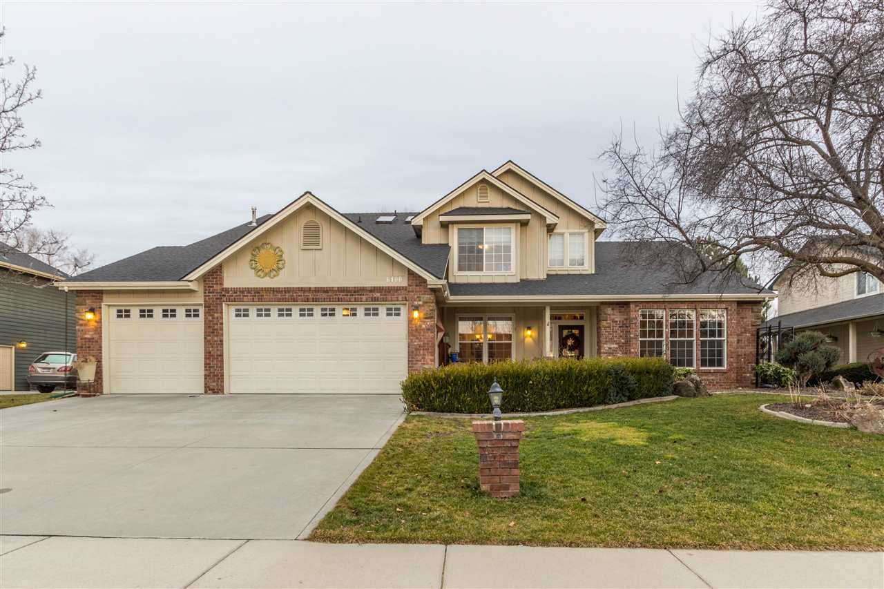 Single Family Home for Sale at 6400 N Aspen Glen Way 6400 N Aspen Glen Way Garden City, Idaho 83714