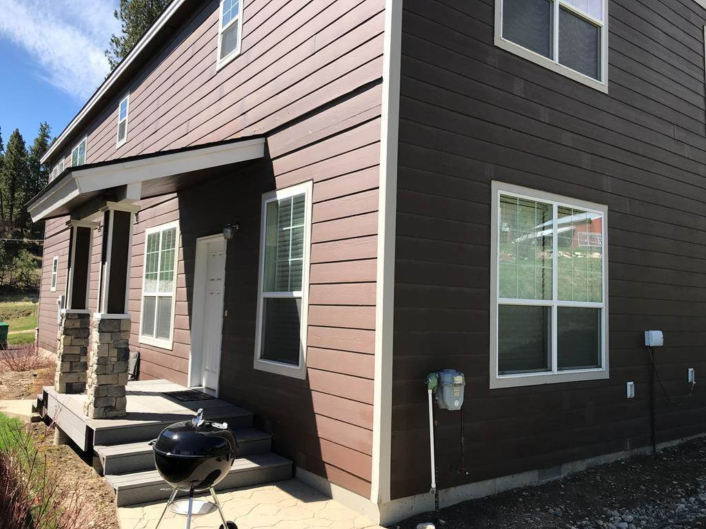 Condominium for Sale at 107 Cabarton Road 107 Cabarton Road Cascade, Idaho 83611
