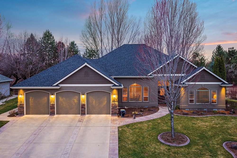 Single Family Home for Sale at 5875 N Cape Arago Place 5875 N Cape Arago Place Garden City, Idaho 83714