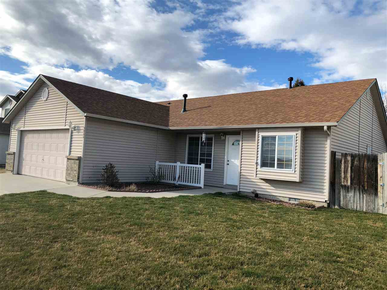 9066 W Cannel Island Pl,Boise,Idaho 83709,3 Bedrooms Bedrooms,2 BathroomsBathrooms,Residential,9066 W Cannel Island Pl,98685698