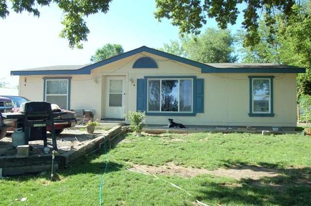 Casa Unifamiliar por un Venta en 512 S Main 512 S Main Homedale, Idaho 83628