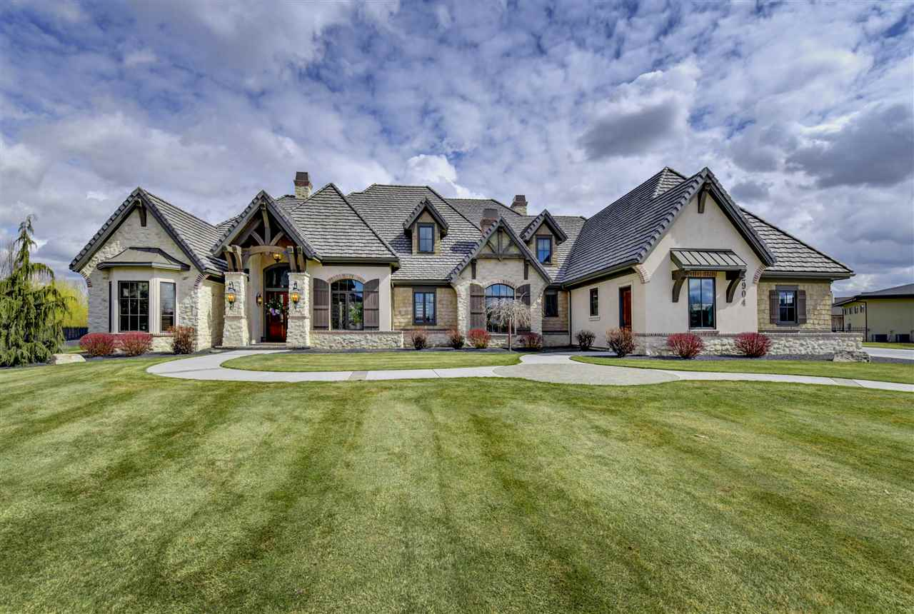 Casa Unifamiliar por un Venta en 2904 Newbury Court, Eagle 2904 W Newbury Ct Eagle, Idaho 83616
