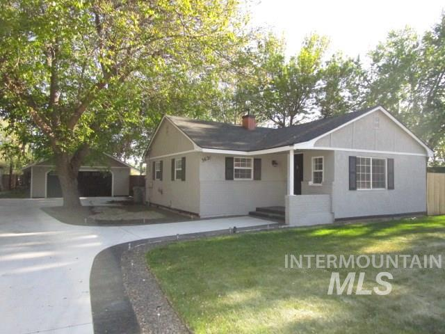 3621 W Sunset Ave, Boise, Idaho 83703, 2 Bedrooms, 1 Bathroom, Rental For Rent, Price $1,395, 98728735