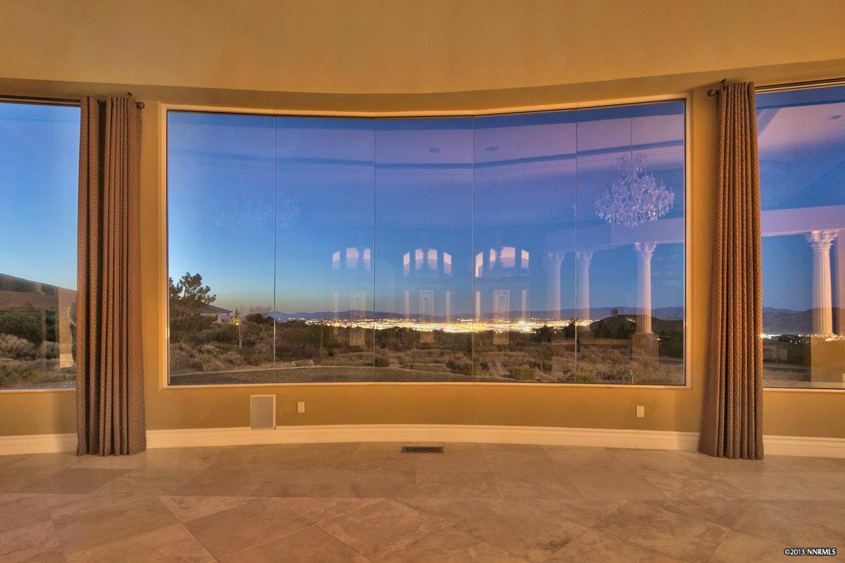 独户住宅 为 销售 在 5915 CRESCENT MOON CT ,Washoe 5915 CRESCENT MOON Court 里诺, 内华达州 89511 美国