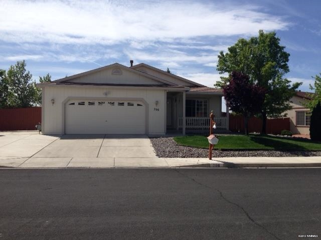 Single Family Home for Active at 706 Strauss Ct ,Washoe 706 Strauss Court Sun Valley, Nevada 89433 United States