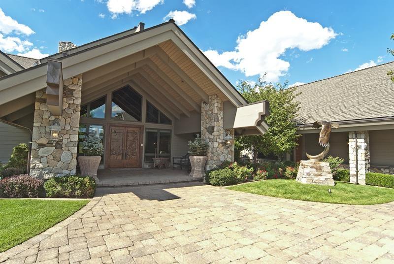Casa Unifamiliar por un Venta en 581 Black Bear Gardnerville, Nevada 89460 Estados Unidos
