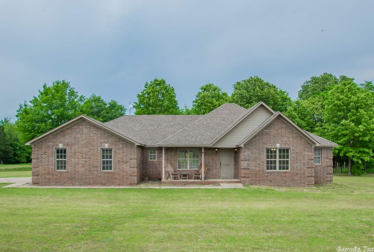 Set your appointment now!  3 bed/2bath home, tons of potential for anyone!