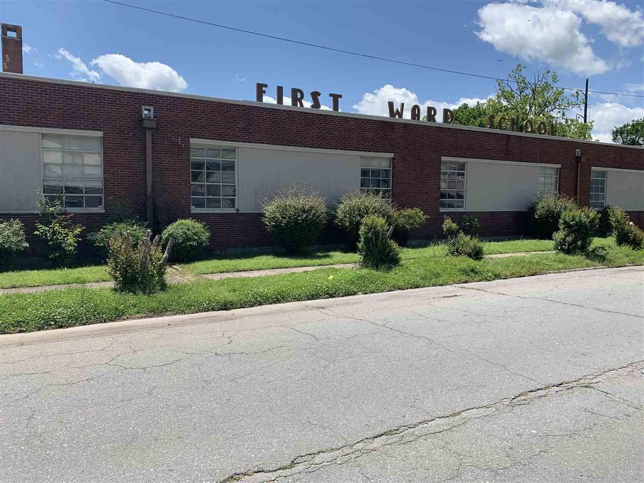1300 E 5TH AVE FIRST WARD SCHOOL #No, Pine Bluff, AR 71603