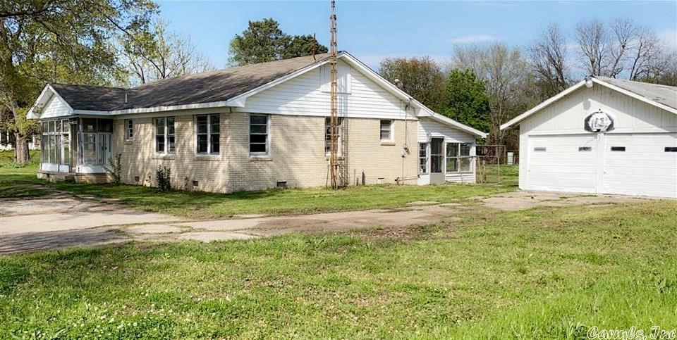 507 HWY 425, Pine Bluff, AR 71603