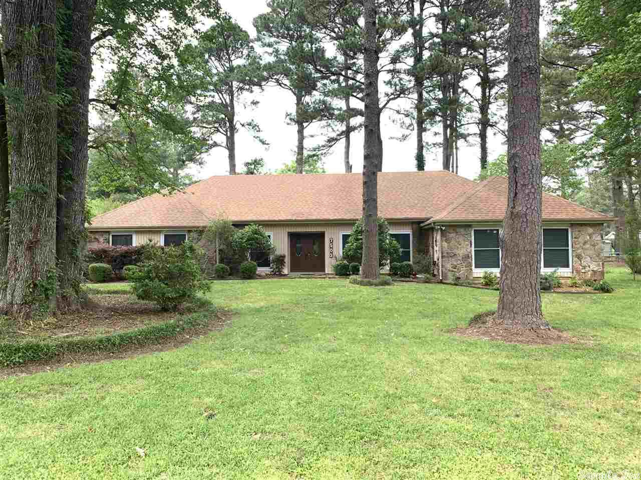 7503 S Pinewood, Pine Bluff, AR 71603