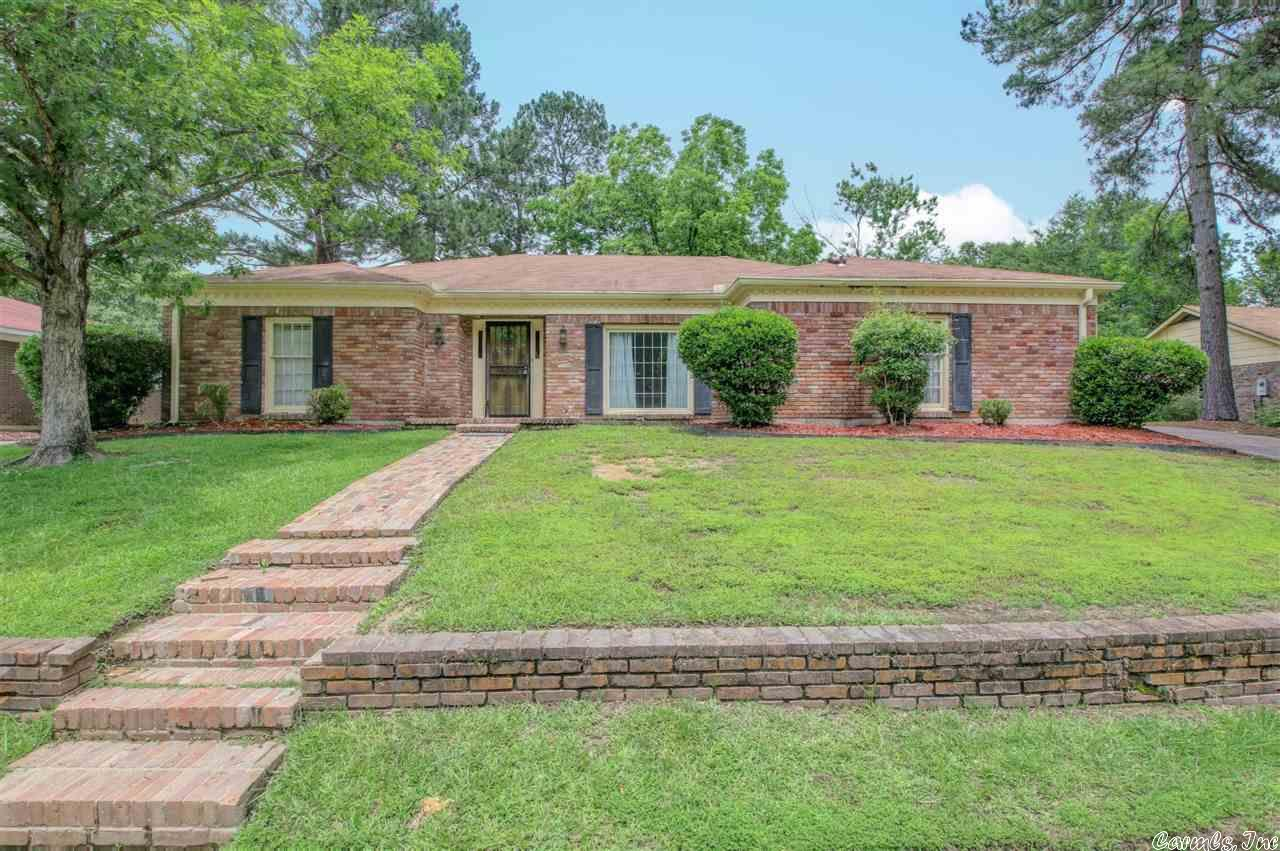 3903 Lincoln Green Drive, Pine Bluff, AR 71603