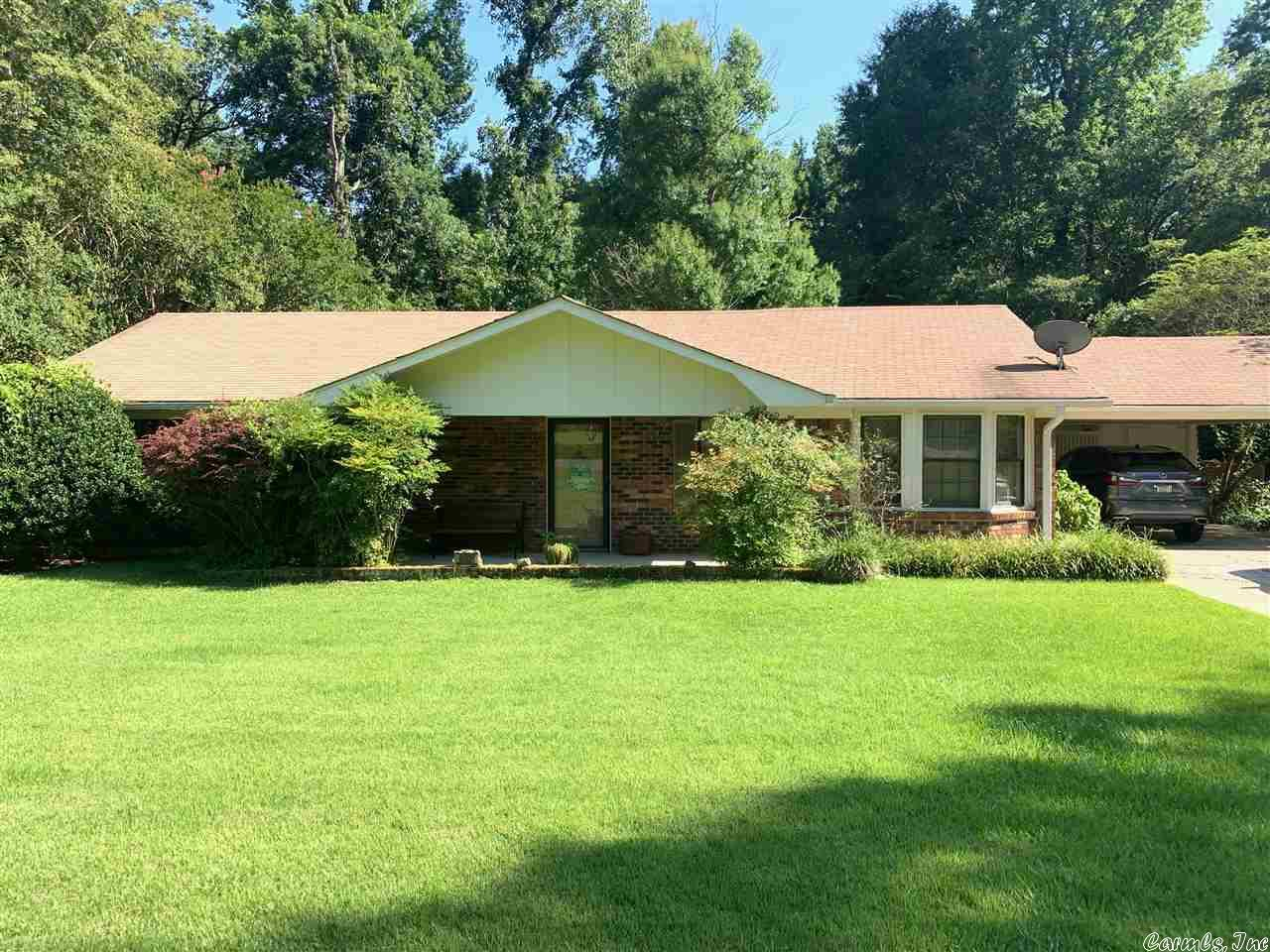 8006 S Pinewood, Pine Bluff, AR 71603
