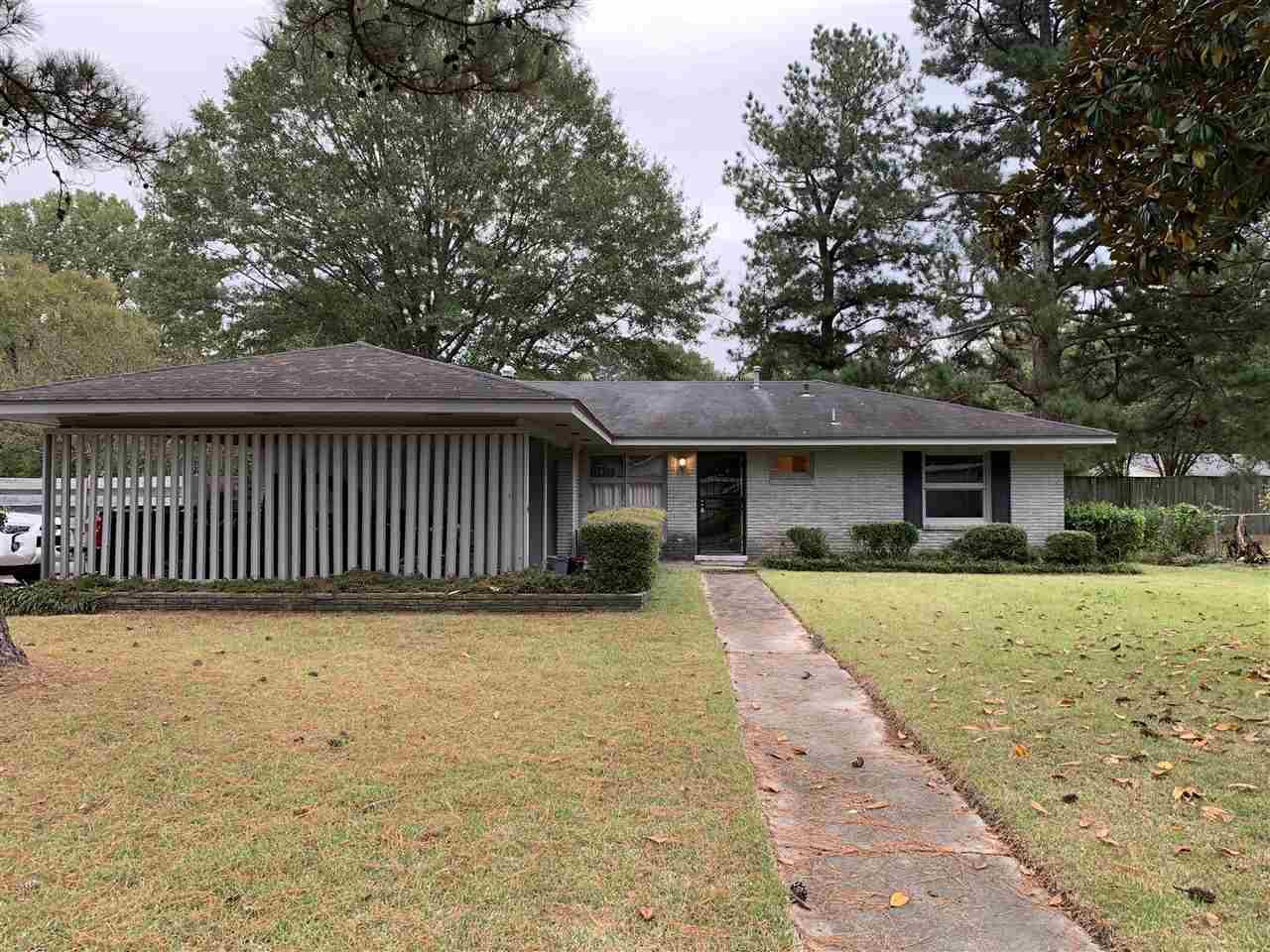 200 Haynes Drive, Pine Bluff, AR 71603