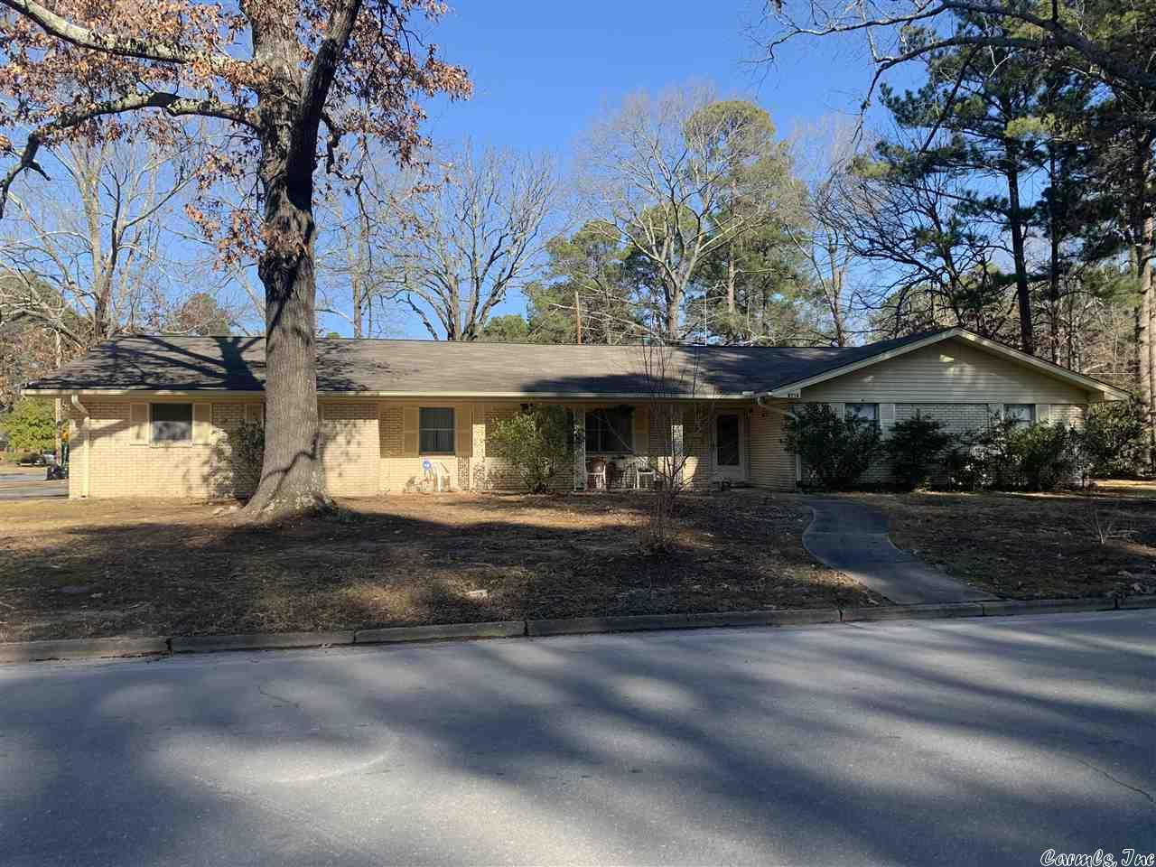 2713 Sherwood Forest, Pine Bluff, AR 71603