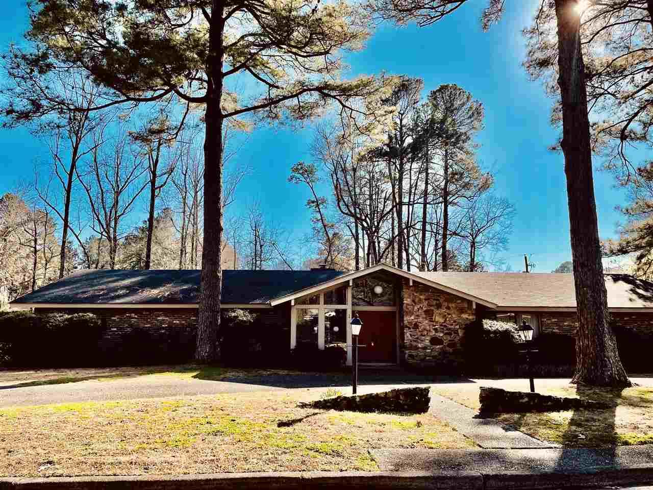 1 Hillcroft, Pine Bluff, AR 71603